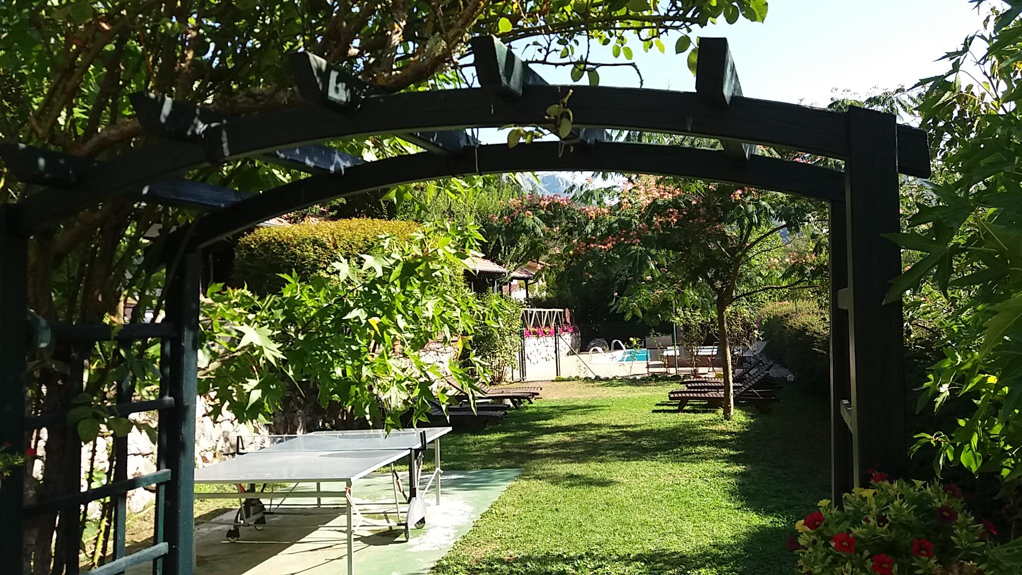 Jardin y zona de juego